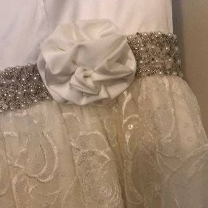 alphabet creation Dresses - Girls formal dress with pearls and detailed waist
